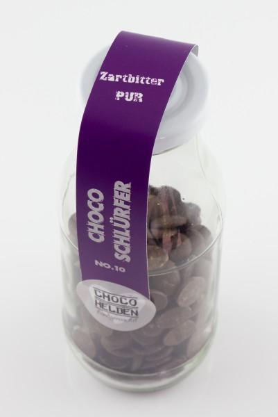 Feinste Zartbitterkuvertüre für dei Zubereitung cremige Trinkschokolade.