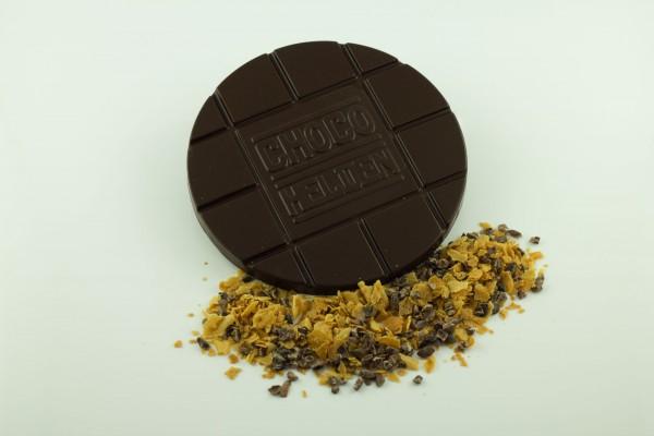 Zartbitter mit franz Crêpebruch und Kakaobohnensplittern