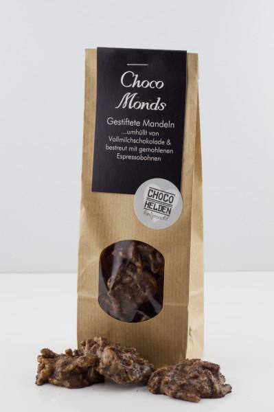 Mandelsplitter mit Vollmilchschokolade und gemahlenen Espressobohnen.
