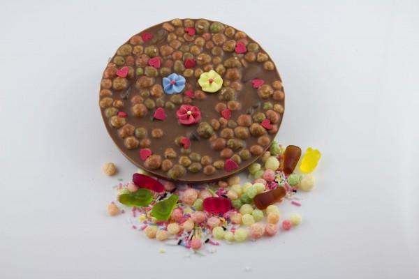 Vollmilchschokolade mit Gummibärchen / Zuckerstreusel / Puffreis